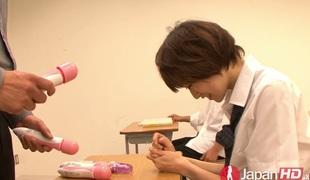 tenåring små pupper tynn truser uniform asiatisk japansk onani sædsprut facial