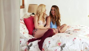 Awesome lesbo shagging session with an charming brunette
