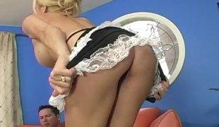 blonde hardcore milf store pupper pornostjerne blowjob stor kuk par rumpeslikking uniform