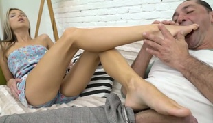 Petite bodied babe Doris Ivy screwed unfathomable in her soaking vagina