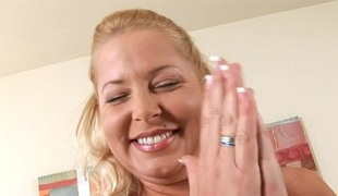Shameless mamma gives her horny cum-hole for some hardcore
