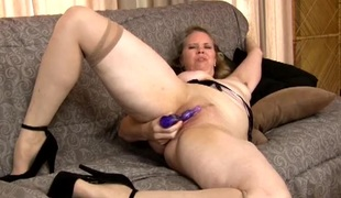 Real moans of joy from a masturbating mature babe
