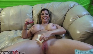 Voluptuous milf Sara Jay drives a lengthy jock to fun with her lips