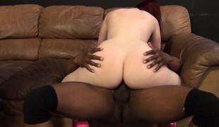 brunette blonde vakker blowjob fingring ass leketøy interracial barmfager boring