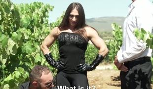 virkelighet hardcore milf utendørs store pupper blowjob sædsprut facial truser ridning
