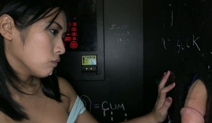 blowjob barmfager gloryhole sucking