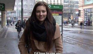 tsjekkisk penger rype amatør european virkelighet synspunkt tenåring barbert naturlige pupper