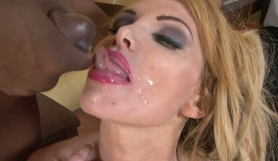 Sean Michaels shoves his snake in extremely hot Jeremy Conways honeypot