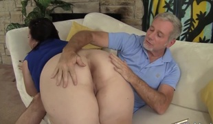 Big titted aged BBW Lady Lynn acquires her pussy drilled