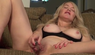 Lubed mom cunt fucked by her sex tool