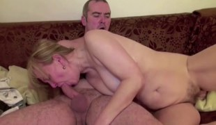 He Seduce Mom With unshaved Snatch to Fuck and Cumsprayed