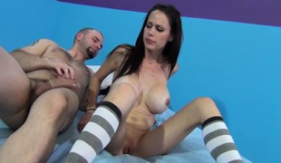 Stacked brunette Mckenzie Lee relishes a session of intensive pounding