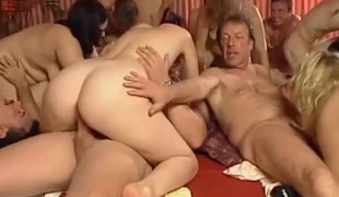 Extreme wild german dilettante swinger groupsex fuck fuckfest final weekend