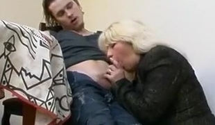 Horny blonde milf seducing new dude and gets her pussy licked and fucked by his new hard cock