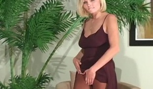 Dazzling solo cutie fingers horny muff throughout taut hose