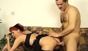 Magnum Sellick's hard shaft drives Christine's older vagina to orgasm