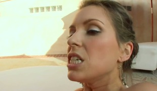 Courtney Cummz takes erect pole in her hands