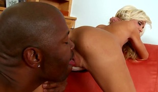 Mikki Lynn feels the superlatively good feeling ever with studs sticky jizz all over her face