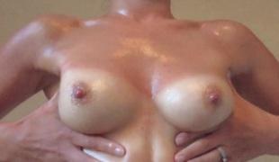 amatør puppene kone brystvorter