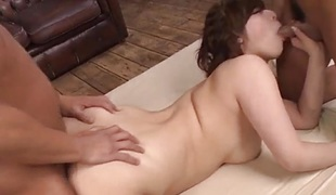 Asian amateur enjoys threesome