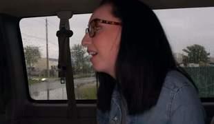 amatør brunette hardcore briller handjob