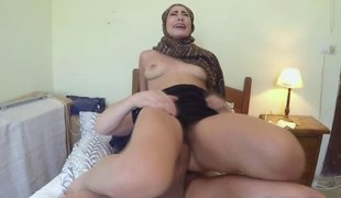Arab slut reverse cowgirl non-professional copulates riding