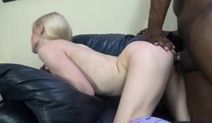 blonde facial ass små pupper interracial doggystyle