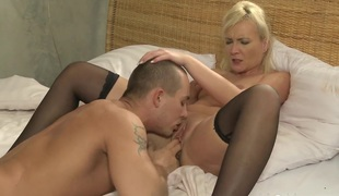 Mama xxx: Young stud fucks his MILF paramour