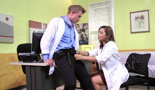 A brunette hair acquires her pussy permeated by her doctor in the episode