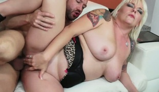Will Powers fucks perfect bodied Missy Monroes mouth just like avid