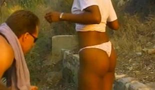 barbert rumpehull hardcore slikking utendørs pornostjerne blowjob sædsprut fitte interracial