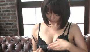 Japanese nympho Izumi Manaka puts her love egg to wonderful use