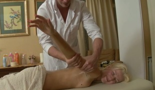 amatør tenåring blowjob massasje sucking