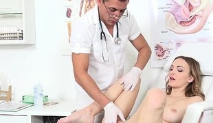 Patient Belle Claire Acquires Her Slit Taken Care Of