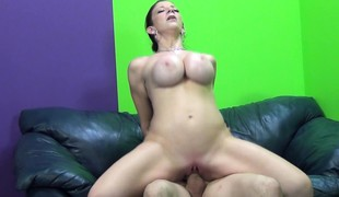 brunette hardcore milf store pupper webkamera