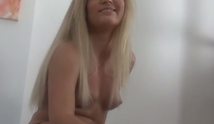 Bonny golden-haired haired hooker with red nails Candee Licious performs nice solo