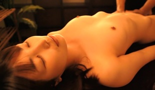 tynn massasje ass asiatisk hd rett