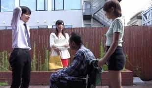 tenåring fingring offentlig japansk rett