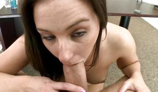 brunette blowjob ridning casting kontor cowgirl audition sucking