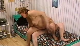 brunette hardcore store pupper blowjob hårete bbw