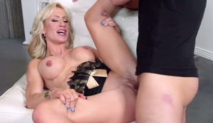 Keiran Lee desires to fuck breathtakingly marvelous Zoey Portlands nice beaver forever