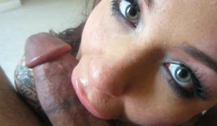 synspunkt puppene brunette pornostjerne blowjob sædsprut ass fitte