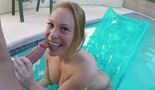 Pool Boy Anal Copulates a Busty MILF in her Backyard